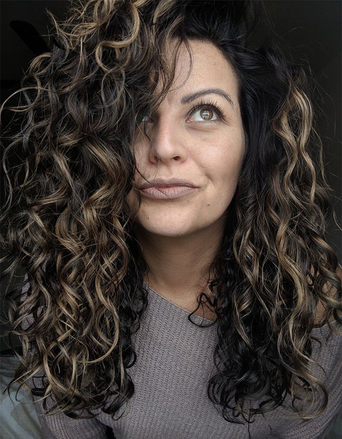 Texture Tales How Adriana Got Her Type 2c Wavy Hair To Look Like