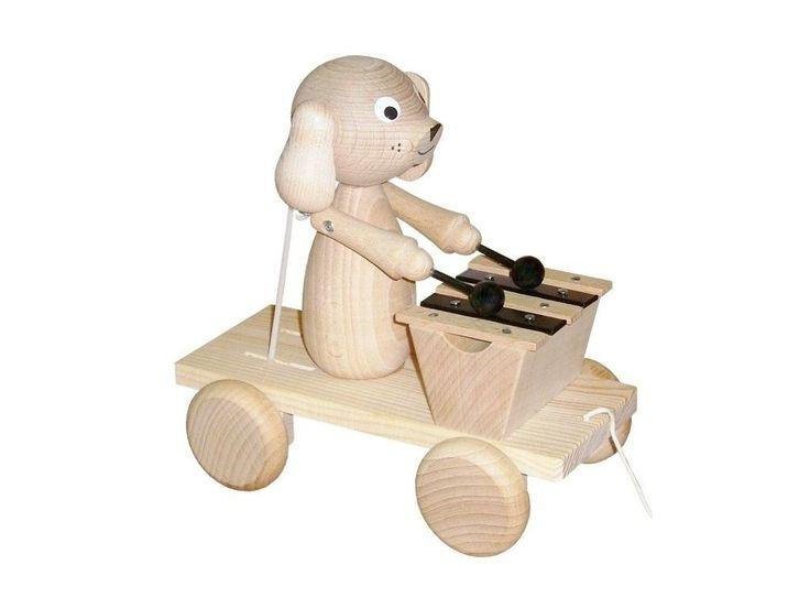 Dřevěná tahací a zvuková hračka pro děti od 1 roku