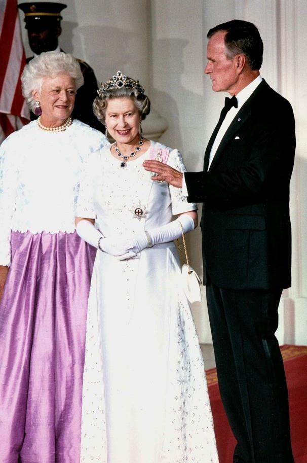 Queen Elizabeth with President George and Barbara Bush
