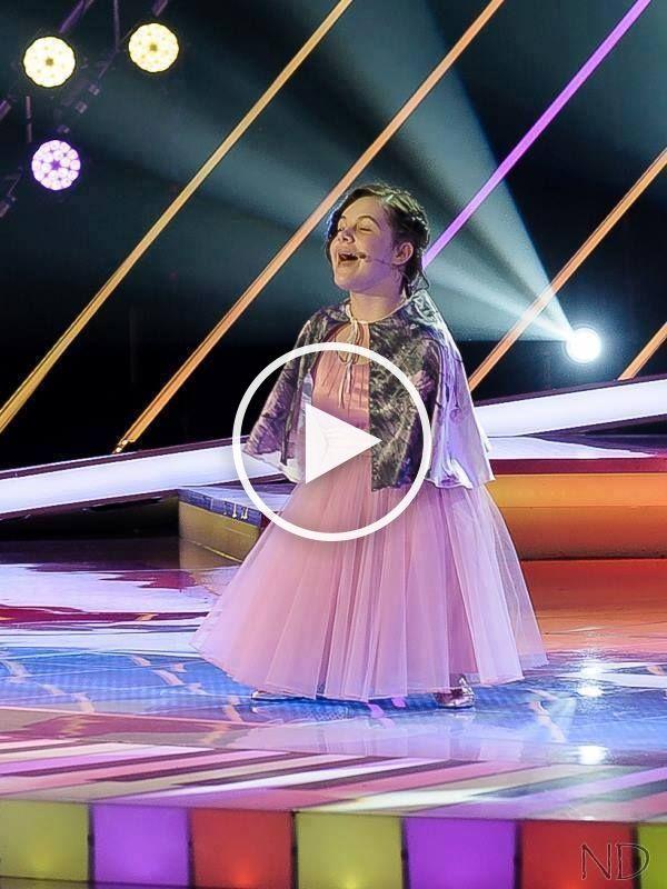 Fata fara maini care cântă la pian.A uimit o țară întreagă de pe scena de la Românii au Talent.VIDEO VIRAL…