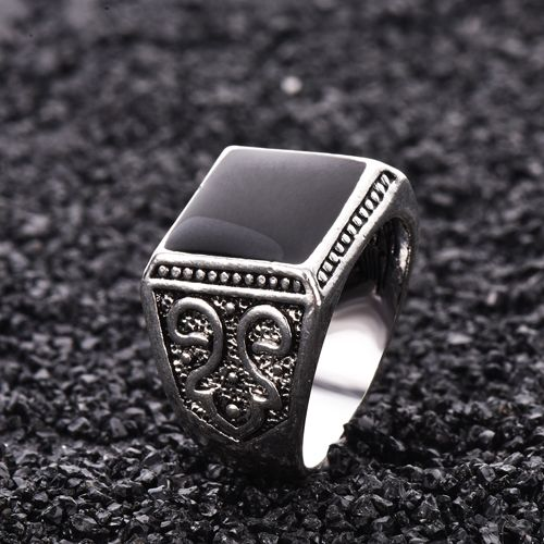 Mens Rings Black Precious Stones White Gold Ring For Men Retro Texture Engraving Modelling Is Simple And Generous