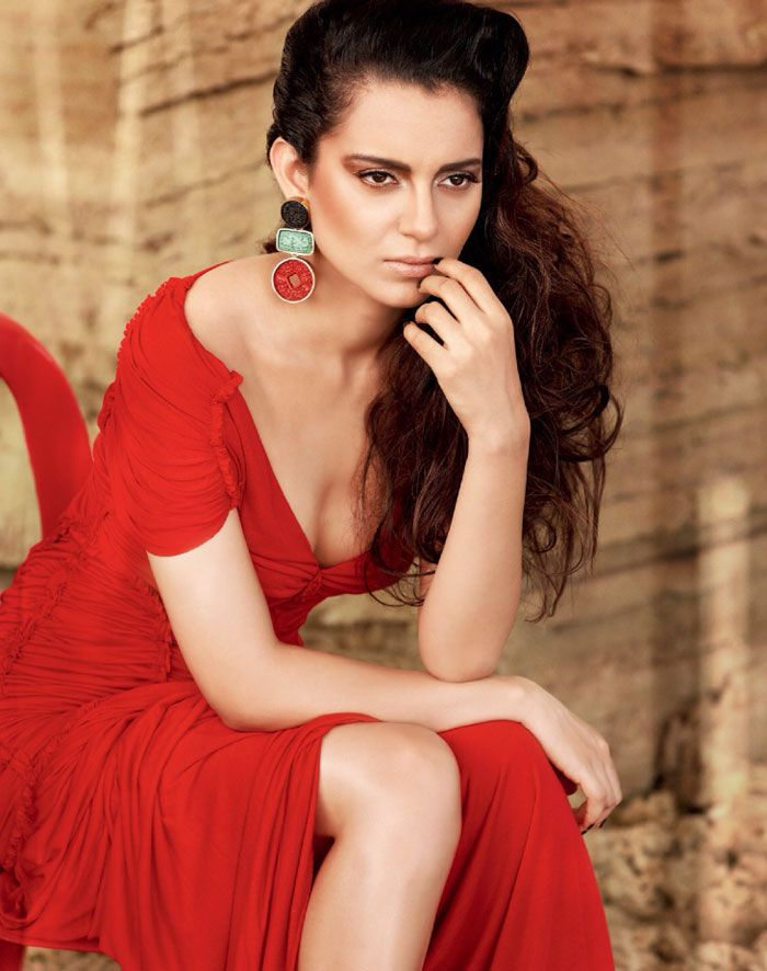 Kangana Ranaut looks simply stunning wearing dramatic earrings in her latest photoshoot for Filmfare magazine's October 2013 edition.