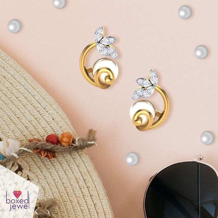 The exquisite collection of #Pearl #Jewellery! Only at www.boxedjewel.com Pay with PayTM, Cards, and Cheques too!