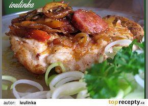 Kuřecí po chalupářsku (pórek,žampióny,pikantní klobása,ster.kapie,kečup,cibule)