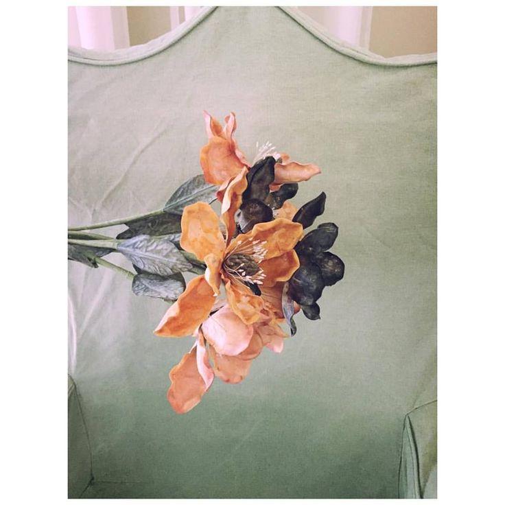 ___ flowers anyone? 🌾 • #flowers #morning #handmade #nonnalietta
