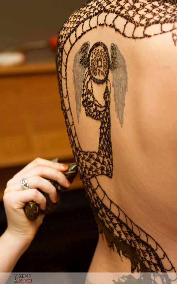 Best 10 full body henna ideas on pinterest henna arm for Henna body tattoo