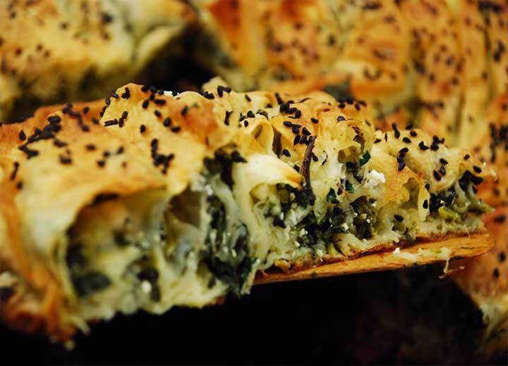 Peynirli Ispanaklı Sodalı Börek