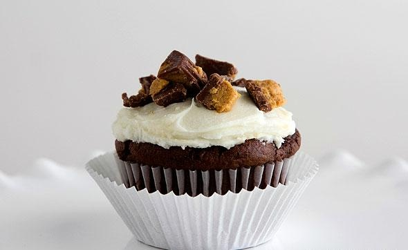 Chocolate-Peanut Butter Layered Cupcakes Recipe — Dishmaps