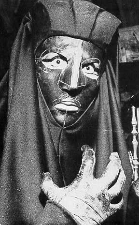 Juliette Greco as Belphegor in the 1965 TV version