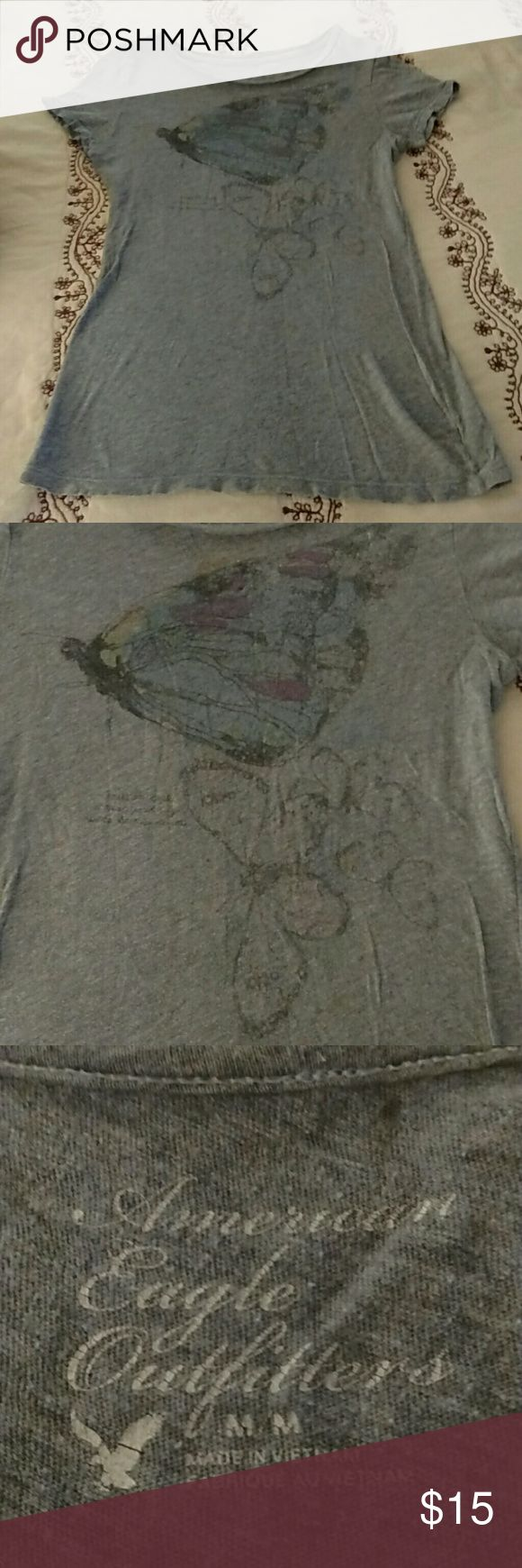 American Eagle gray butterfly tee shirt: M American Eagle Outfitters fitted gray butterfly tee shirt!! Vintage look!! Perfect condition!! American Eagle Outfitters Tops Tees - Short Sleeve