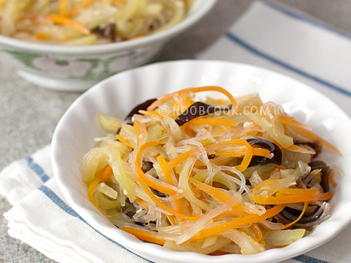 ... du monde on Pinterest | Green papaya, Spicy and Spicy peanut noodles
