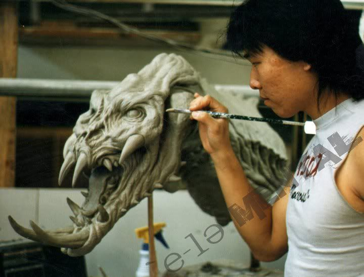 The original script for the first Predator film included a sequence in which a trophy of the Hunter is shown. Steve Wang sculpted the model back when Steve Johnson and Boss film were hired for the film. The trophy was left unfilmed. (Monster Legacy Archive)