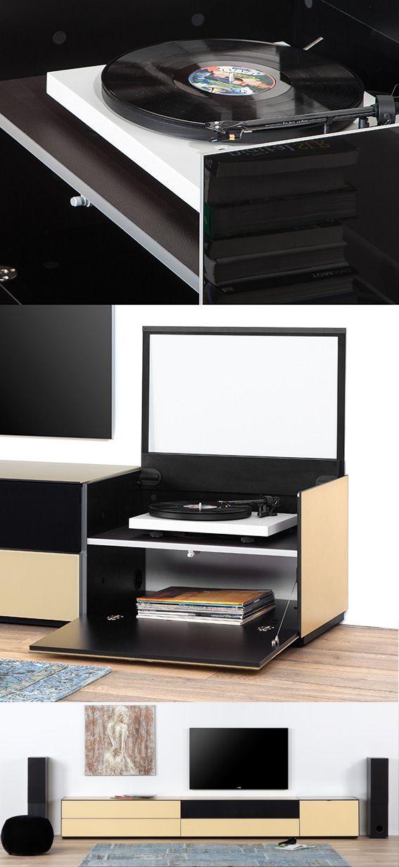 Pikaplık detaylı tv ünitesi. Hoparlörleri gizleyebileceğiniz kumaş kapak. Renk seçeneklerimiz bulunmaktadır.