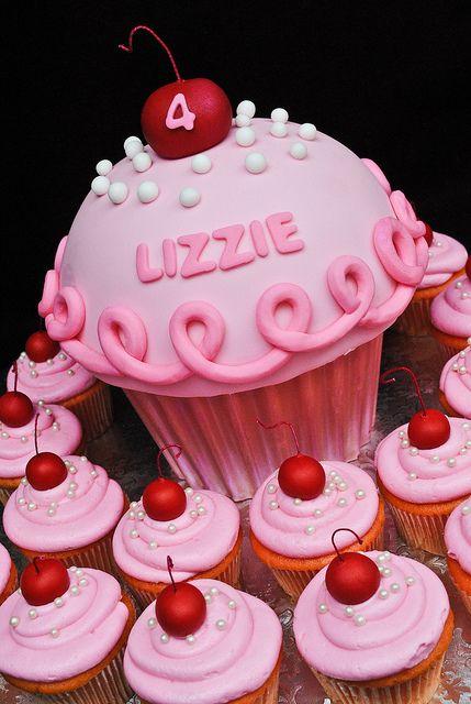 Pinkalicious Birthday Cake And Cupcakes