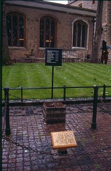 Tower Green, The place of execution of Anne Boleyn, Katherine Howard, Lady Jane Grey and others.