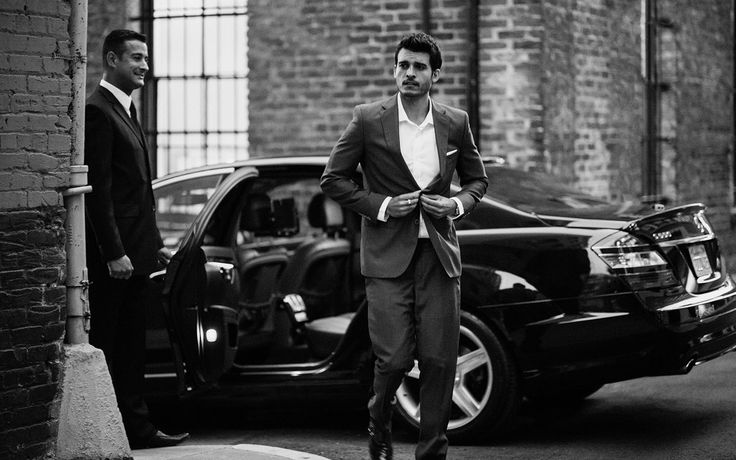 Uber - taxi service redefined, connect with a driver by tapping a button on your smart phone, pay including tip without cash