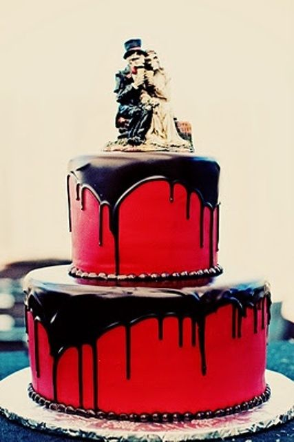 Halloween Wedding Cake, this has a very dark romantic air to it,