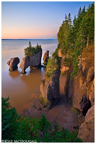 Nowhere more beautiful than Canada's East Coast in the summertime - Hopewell Rocks, NB
