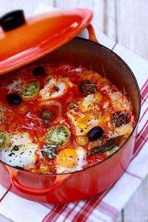 Oeufs pochés dans une compotée de tomates anciennes   Poached eggs in an heirloom tomato stew  =