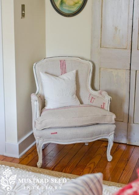Grain sack chair perfection.