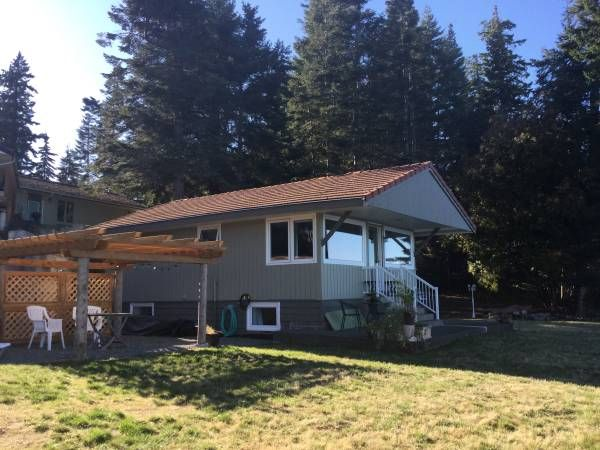 We are offering a fully furnished two bedroom waterfront home. Two night minimum at 135.00 a night. Our home is located in the quiet town of Royston just a six minute drive to Courtenay. We are...