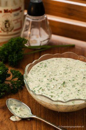 Remouladesaus - Heerlijk bij gebakken vis zoals kibbeling maar ook lekker bij gebakken aardappeltjes, friet of een stuk gegrild vlees.