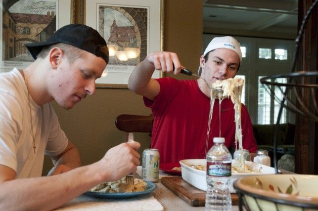 Healthy Pre-Game Meals for Hockey Players