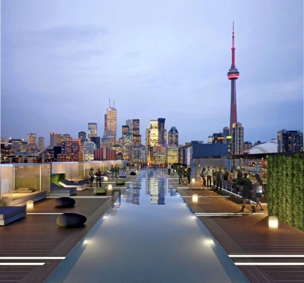 Thompson Roof Bar. Thompson Hotel, Toronto, Canada.