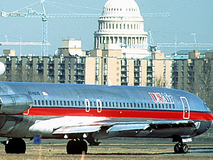 USATODAY | US Airways' final flight closes curtain on another major airline