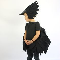 El cuervo traje de los niños hecho a mano por sparrowandbcostumery