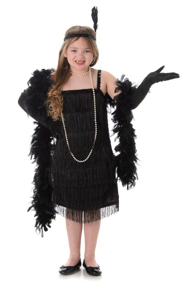 Step back in time to the era of the 1920's and put your dancing shoes on ready to Charleston the night away! This black flapper costume for girlsis the perfect Gatsby Girl dress to wear to your next roaring 20's kids fancy dress costume party! See below for full description and size details.