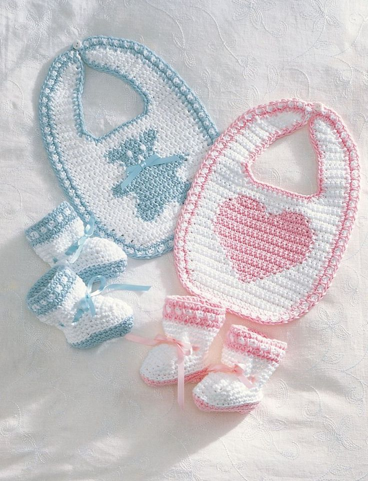 Sweetheart or Teddy Set in Bernat Handicrafter Cotton Solids. Discover more Patterns by Bernat at LoveCrochet. We stock patterns, yarn, hooks, books from all of your favourite brands.