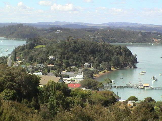Russell village in New Zealand's famous Bay of Islands. Visitor information and history