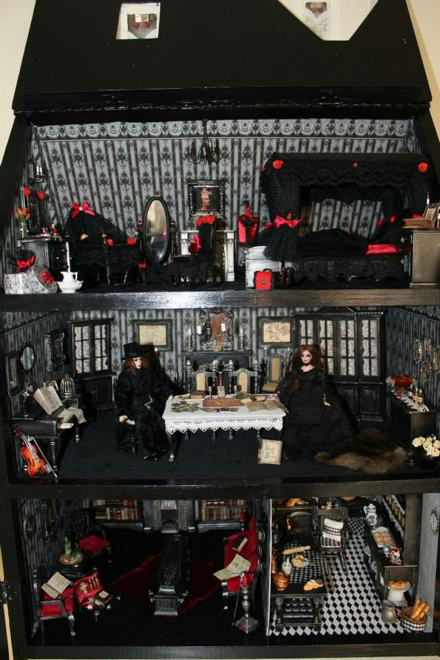 Gothic dollhouse by Nightfall miniatures