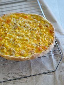 ホットケーキミックスで作る クリスピーツナコーンピザ