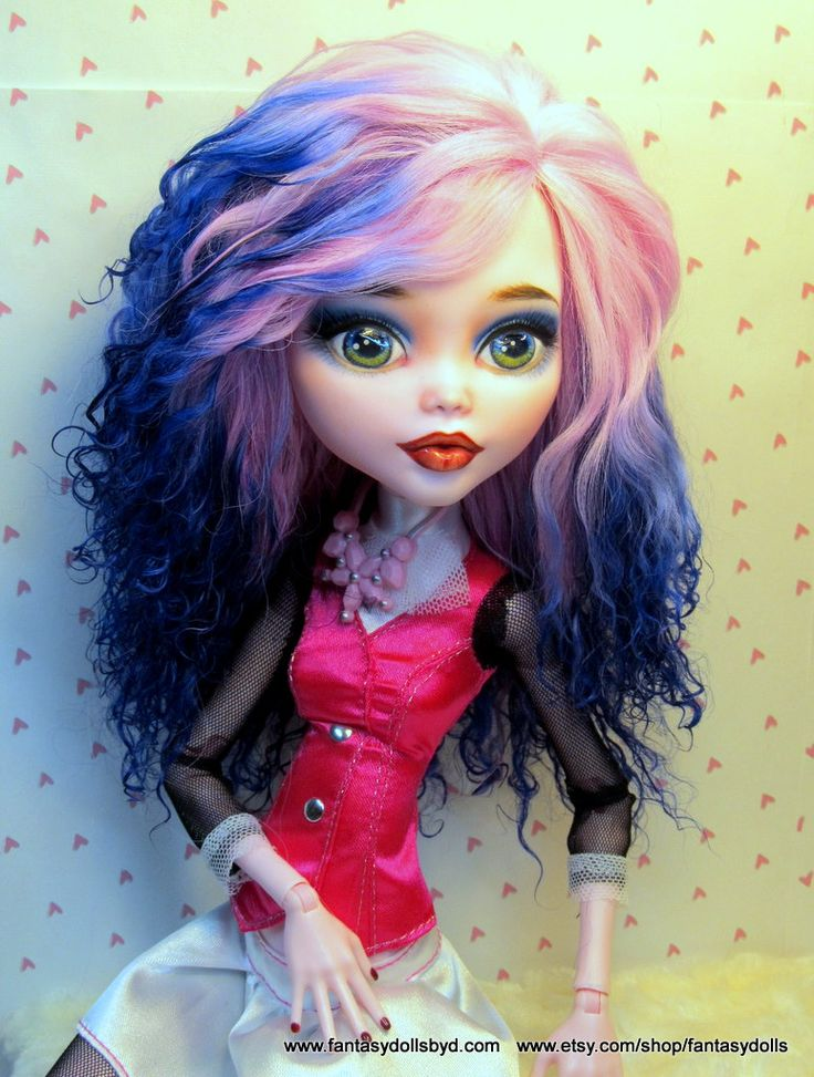 """17"""" Dracualaura Repaint Monster High Doll Monster High Doll and Barbie Doll Custom Repaints, OOAK Dolls and Doll Wigs by Donna Anne Find me on Facebook Fantasy Dolls by DonnaAnne Shop: http://www.etsy.com/shop/fantasydolls"""