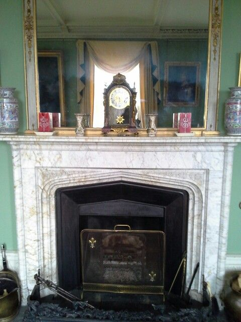 Fire place of the drawing room