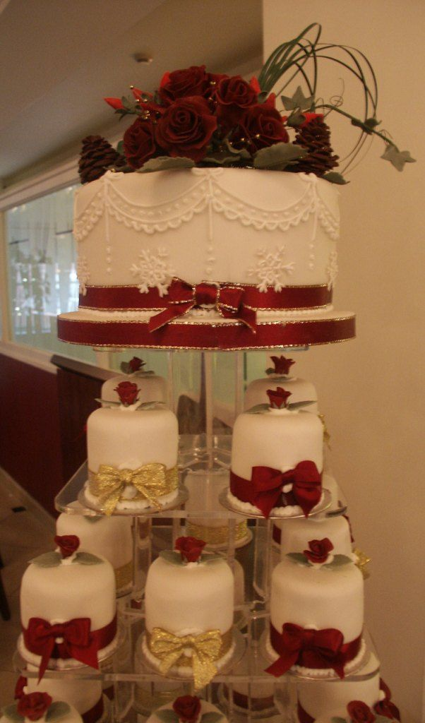 Winter Wedding Mini Cakes With Red Roses And Snowflakes Hand Made Sugar Flowers To The