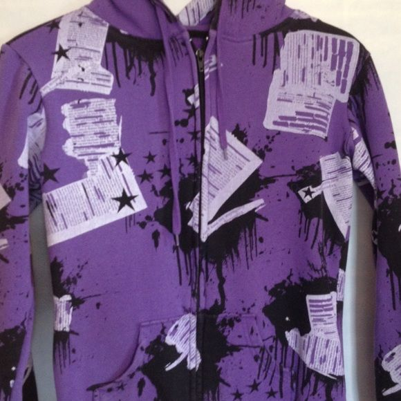 purple zip up hoodie Unique cool design no stains or rips runs true to size Tops Sweatshirts & Hoodies