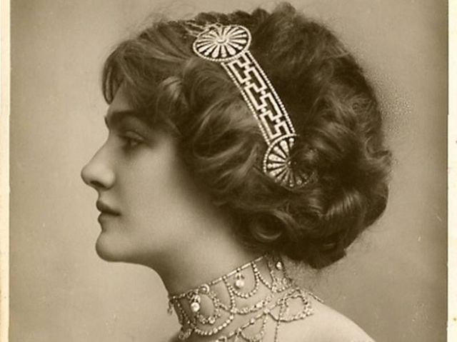 1000+ Ideas About Victorian Era Hairstyles On Pinterest