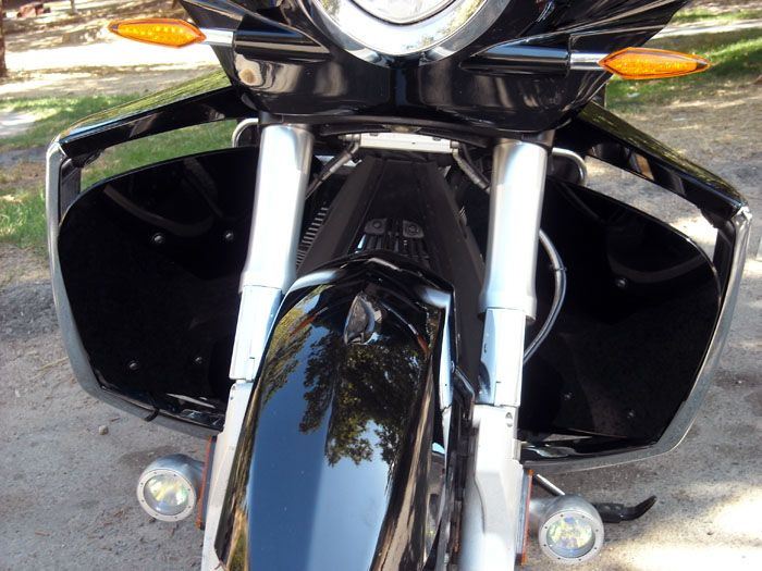 Cee Baileys Motorcycle Products - Acrylic Windshields, Headlight Guards, Bag Liners and More!