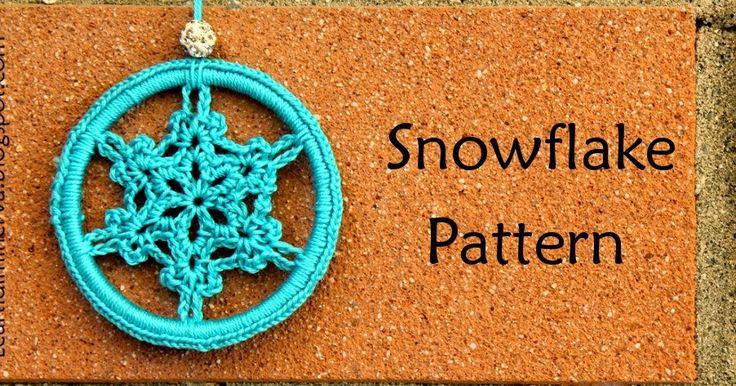 Schema per realizzare fiocchi di neve all'uncinetto da usare come decorazioni, orecchini, e tanto altro.   Crochet snowflake pattern.