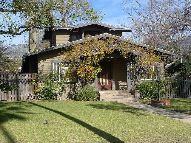 25 best Craftsman bungalow exterior paint ideas images on