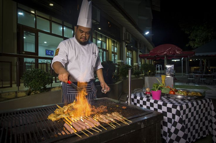 Taste our BBQ grill's seafood menu that cooked by our chef resort..For further detail, call us at 09-5847000 (Suria Cherating Beach Resort)