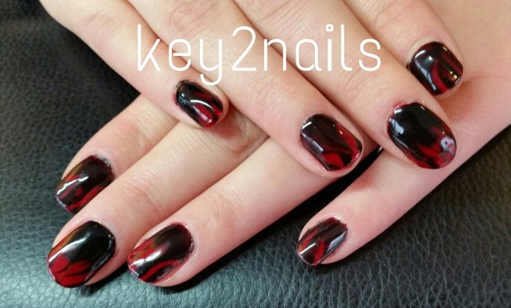 Helloween nails