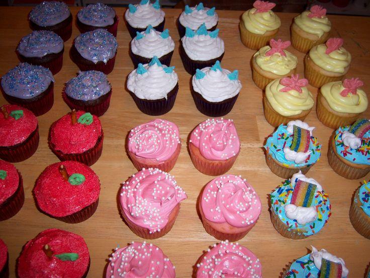 My Little Pony Friendship is Magic Cupcakes, Rarity, Applejack ...