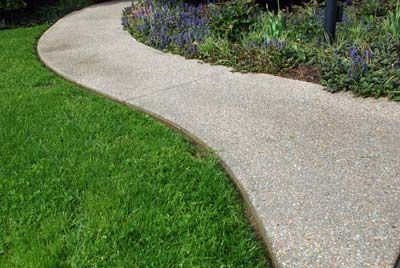 exposed aggregate concrete walkway