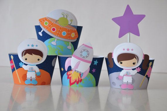 5 Space / astronaut party cupcake wrappers por GlitterInkDesigns
