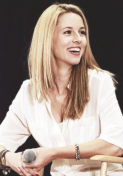 Alona Tal // such a beautiful smile :)
