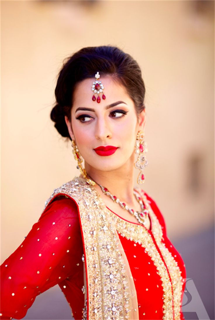We are expert at Candid pre-wedding shoots, Candid wedding photography, High-end wedding movies, Exotic location shoots. http://amouraffairs.in/tag/best-candid-wedding-photography-in-mumbai/